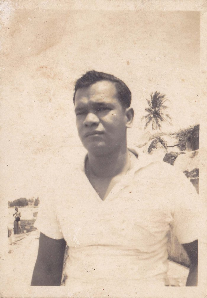 Cyril Pinto-beach-LOW