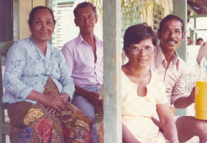Margarita Pereira with family in Malacca
